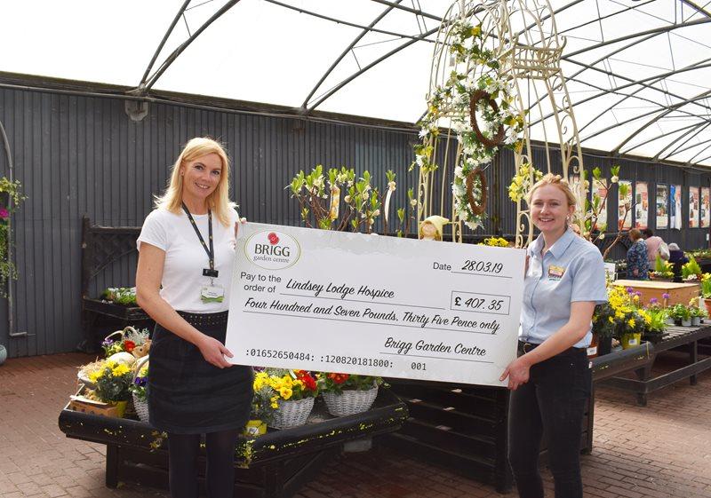 Lindsey Lodge Hospice Brigg Garden Centre Raise Over 400